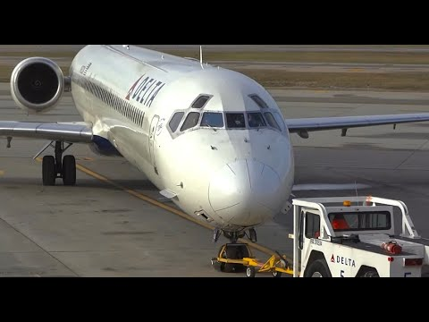 (HD) 50+ Mins Watching Airplanes at Minneapolis St. Paul International Airport