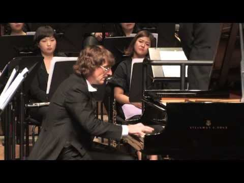 Piano Concerto No.1 in Bb minor, op.23 - 1st Movement / Korea Wind Philharmony