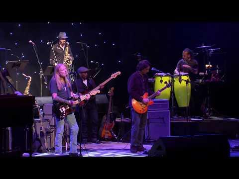 """Ain't Wastin' Time No More"" - Gregg Allman LIVE - Back to Macon, GA"