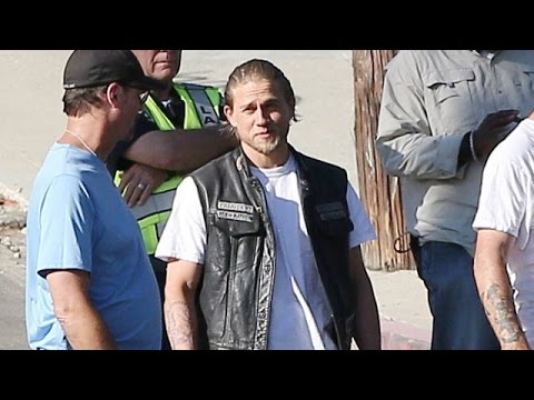 Charlie Hunnam Films On Location For 'Sons Of Anarchy'