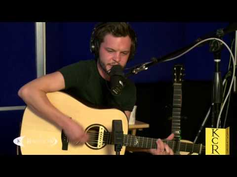The Tallest Man on Earth performing