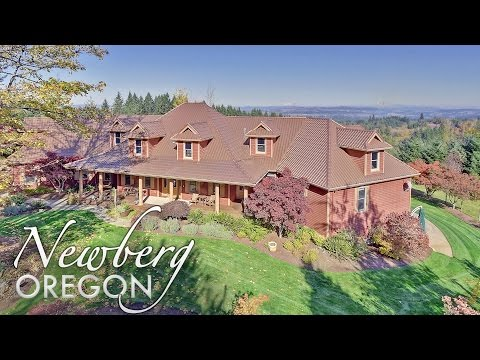21310 SW Wildflower Dr Newberg Oregon - Estate with Mountain View Acreage & Forest Trails For Sale