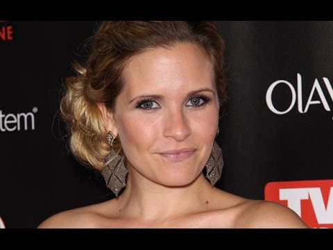 Grey's Anatomy Casting SwitchUp! Sarah Paulson Gets Replaced by Sally Pressman for Season 11