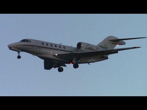Cessna Citation X [N940QS] landing at Santa Barbara Airport