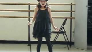 Zoe Heiden sings Born to Entertain
