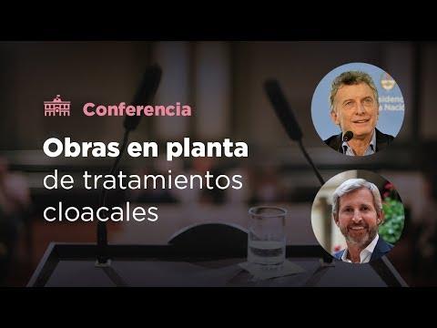 El presidente Mauricio Macri recorrió las obras de una planta de tratamientos cloacales en Catamarca