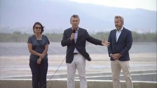 El presidente Mauricio Macri recorre las obras de una planta de tratamientos cloacales en Catamarca