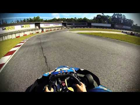 Honda 390cc no Kartódromo de Viana do Castelo - Tiago Paiva