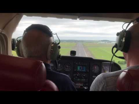 Landing at Nottingham EGBN in a Cessna 172