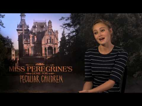 Ella Purnell on The Strength of Being Peculiar - Miss Peregrine's Home for Peculiar Children