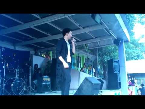 "Von Saw singing ""I'm Yours"" @ Lawaan National Highschool - Cebu (Sept 15, 2013)"