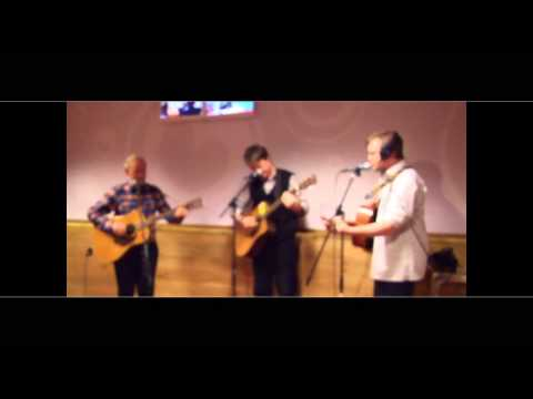The Cannons, Sean (Dubliners), Robert and James Cannon Ireland live yn Noardewyn