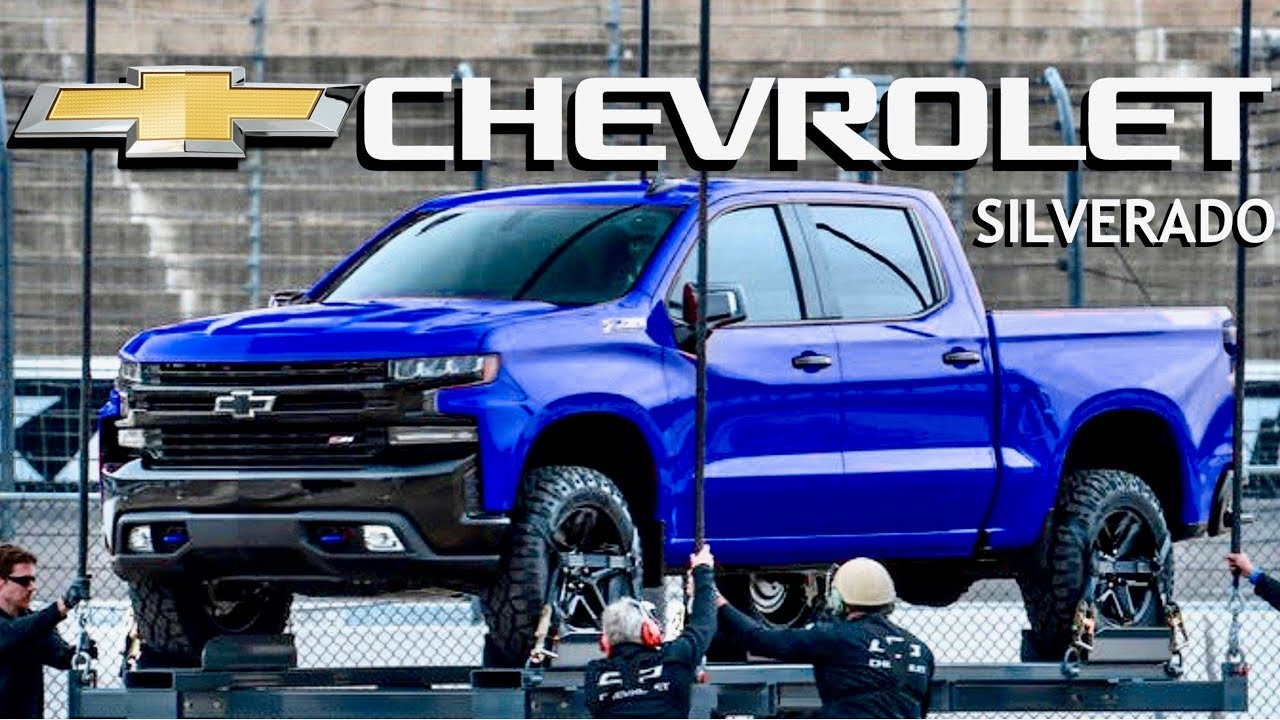 2019 Chevy Silverado: OUT IN PUBLIC (New Footage & What We ...