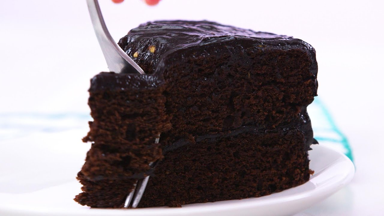 How to make chocolate cake in the mug at home Easy & new ...