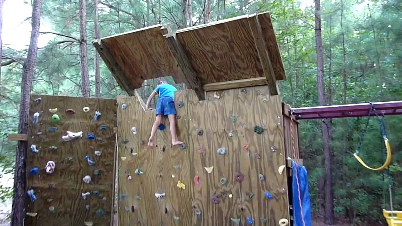 5 year old climber on the new overhang for the backyard climbing wall youtube - Keep mites away backyard hiking ...