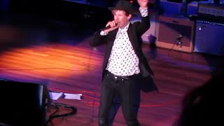 """Beck """"Hell Yes (Ghettochip Malfunction)"""" Live @ The Ryman Auditorium 7/15/14 (720p)"""