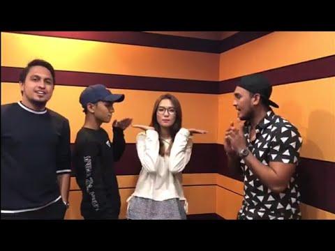 Tak sangka kakak Aiman Tino, Farah Hazel pun pandai nyanyi | Nama lagu Setiaku Pasti