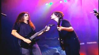 Angra - Kiko Loureiro (Guitar) vs Felipe Andreoli (Bass)