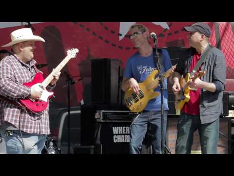 That's Alright Mama - by Johnny Hiland at the 2016 Dallas International Guitar Show