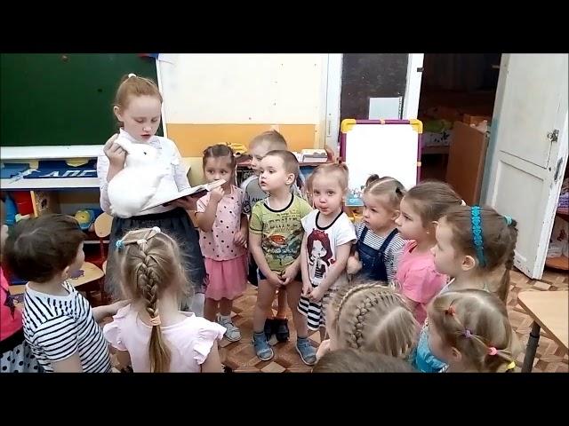 Изображение предпросмотра прочтения – ЗлатиславаГрачева читает произведение «Белая шубка» Г.А.Скребицкого