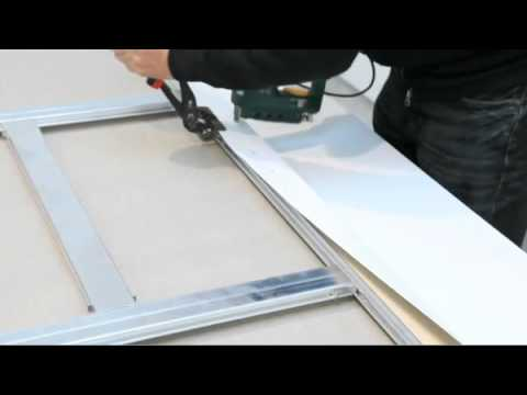 how to put a canvas on a frame