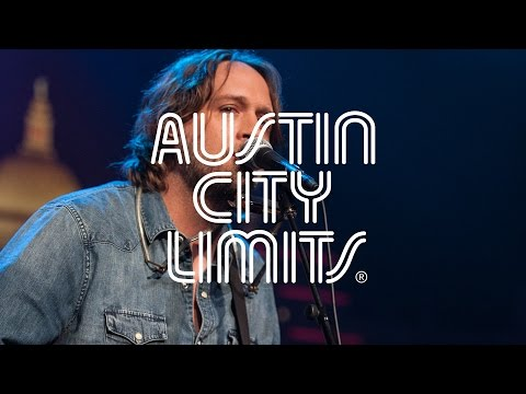 """austin-city-limits-web-exclusive:-hayes-carll-""""bad-liver-and-a-broken-heart"""""""