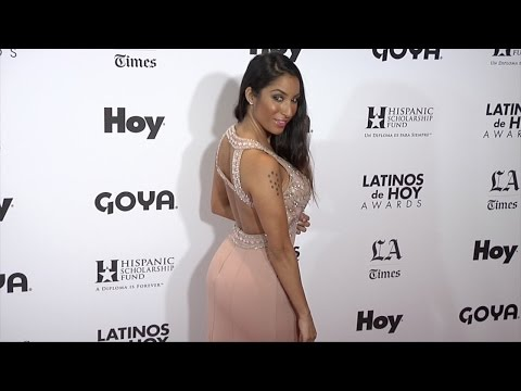 Liana Mendoza  Latinos de Hoy Awards 2015 Red Carpet Arrivals