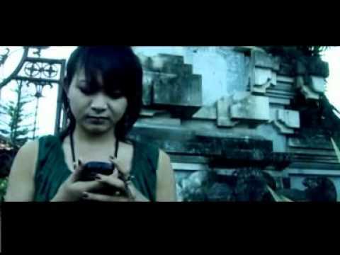 Bali Kauh-Rempeyek Kacang Ijo_balihitz.blogspot.com