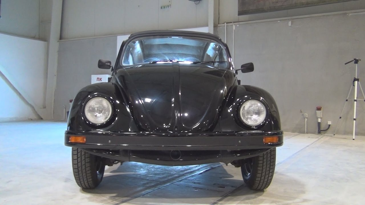 Volkswagen beetle 1600i open air 1996 exterior and interior in 3d