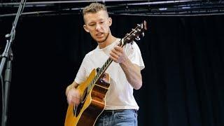 How The Other Half Live - Ewan Cunningham