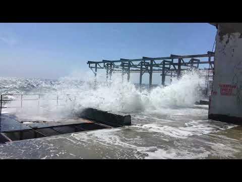 Крым, Партенит, шторм, туристы 2018