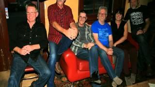 LOST IN SUBURBIA LIVE       3WAY FM Warrnambool Live 16/03/14