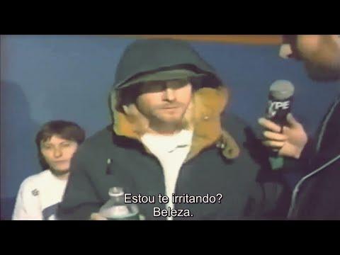 Kurt Cobain & Krist zoando um repórter.