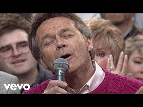 Danny Gaither - Something Beautiful / Let's Just Praise the Lord (Medley)...
