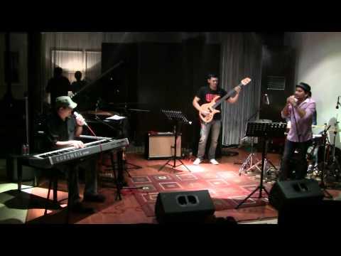 Tompi ft. Idang Rasdiji & Glenn Fredly - Selalu Denganmu @ Mostly Jazz 15/10/11 [HD]