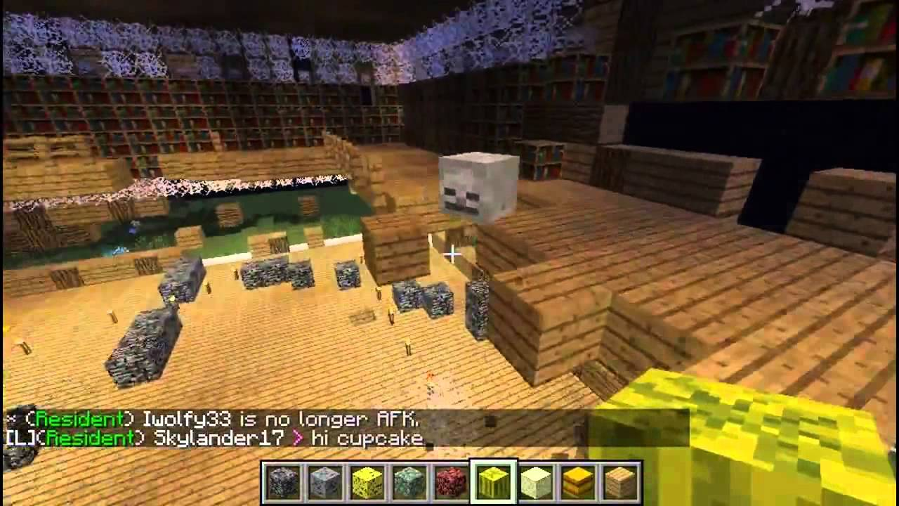 Minecraft: griefing - Hillbilly's awesome mansion creative plot destroyed