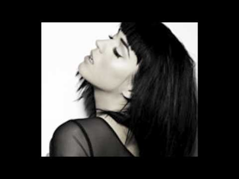 Katy Perry - E.T. (Official Album Version) + DOWNLOADS