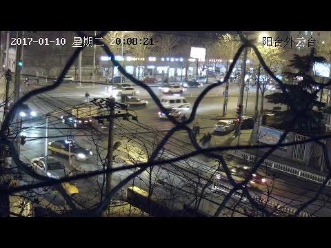 【VERY RARE】Beijing police van responding use yelp and loudspeaker!!