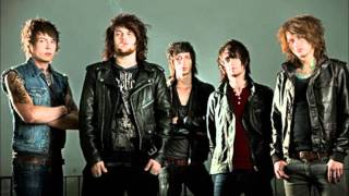 Asking Alexandria-Not The American Average (lyrics in description)