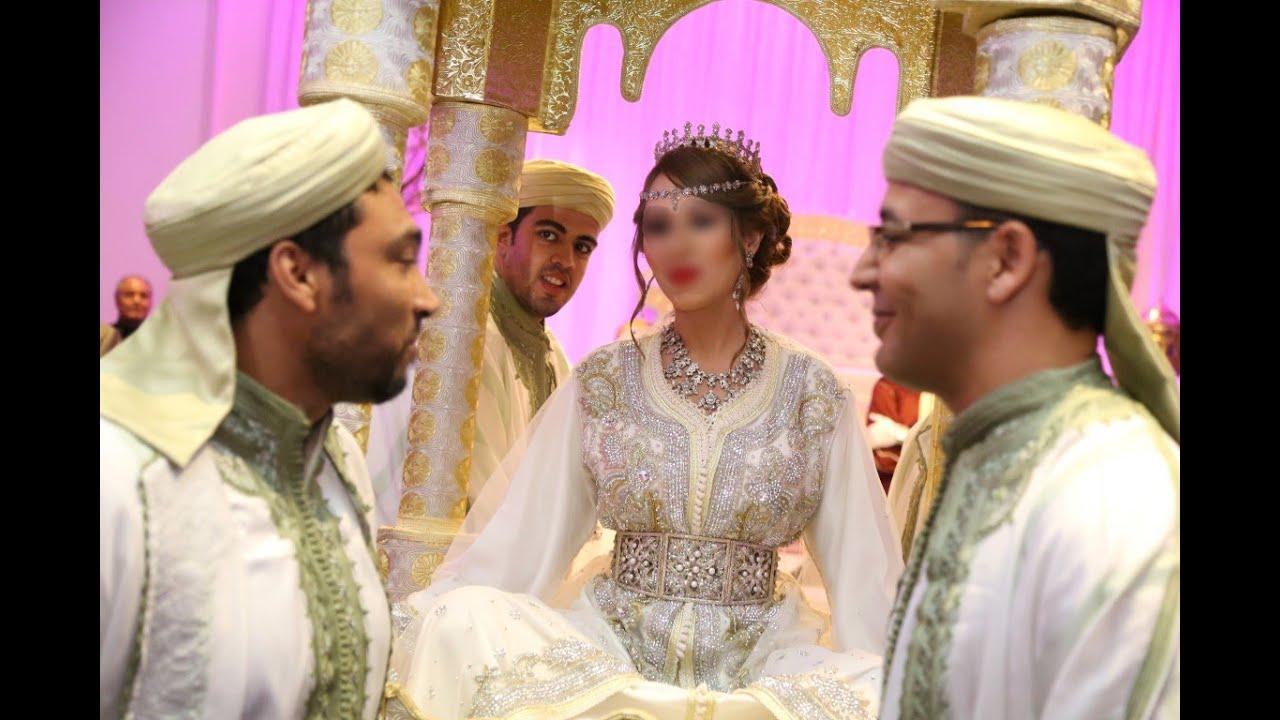 Negafa la tang roise a montr al mariage oriontal au for Don de robe de mariage militaire