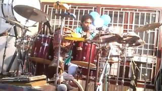emil drum solo like sivamani
