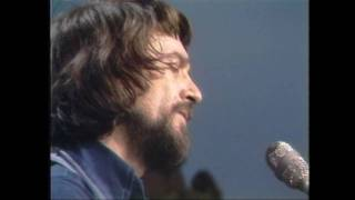 waylon jennings its not supposed to be that way live