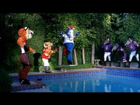 febreze mascot commercial