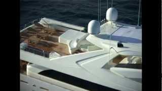 Custom Line 112 Next(Custom Line 112 Next http://www.premiumyachts.ru © 2010 Premium Yachts - дистрибьютор элитных моторных яхт Ferretti Group +7 (495) 741 0003., 2012-03-29T14:58:57.000Z)