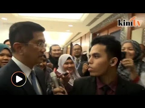 Azmin enggan ulas terbabit dakwaan 'plot halang Anwar jadi PM'