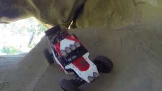 Vaterra Twin Hammers RC Crawling 8