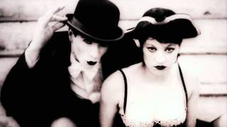 The Dresden Dolls - One of us Cannot be Wrong