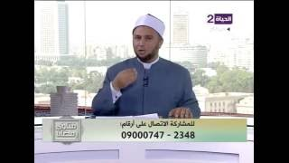 داعية إسلامي: إذا كنت تشرب وقت آذان الفجر أكمل شرب وانوي الصيام بعدها