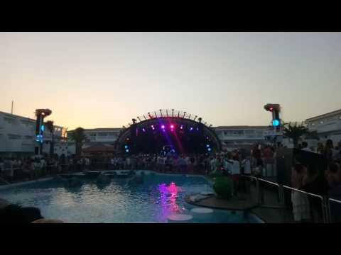 Kaskade at Ushuaia Ibiza Kygo party MOV_0326.MP4