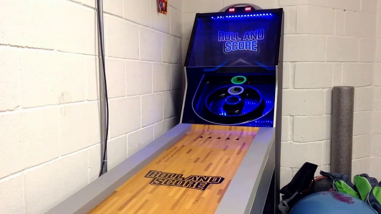 ROLL & SCORE SKI BALL MACHINE - YouTube